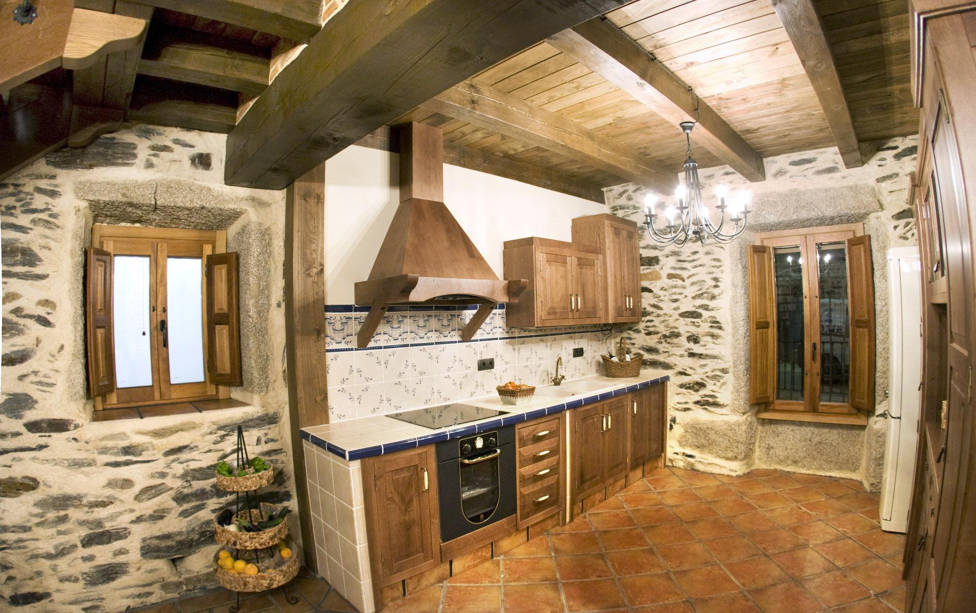 Sal n cocina siega verde casa rural - Ideas para casas rurales ...