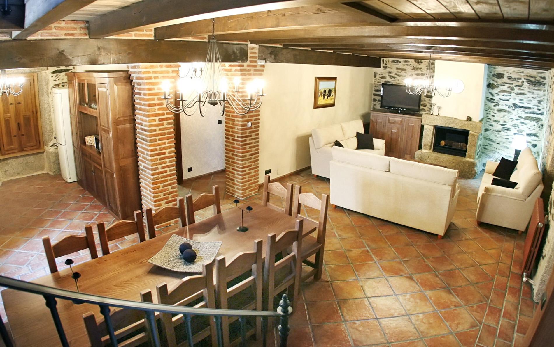 Perfecto salon y cocina friso ideas de decoraci n de for Casa minimalista torrelodones
